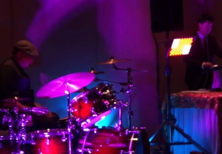 Play Stereo Armada video